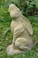 Moon gazing hare statue pair